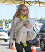 Dakota Fanning / Michael Sheen - Imagenes/Videos de Paparazzi / Estudio/ Eventos etc. - Página 2 27c9ab120731559